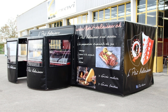 equipements camion magasin remorque magasin food truck. Black Bedroom Furniture Sets. Home Design Ideas